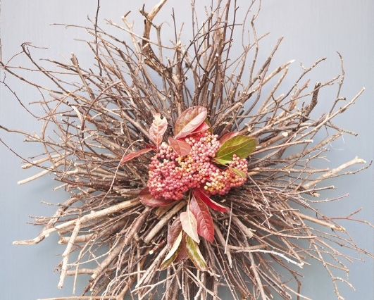 Twig Decor fall door decor: make this easy-elegant twig wreath!