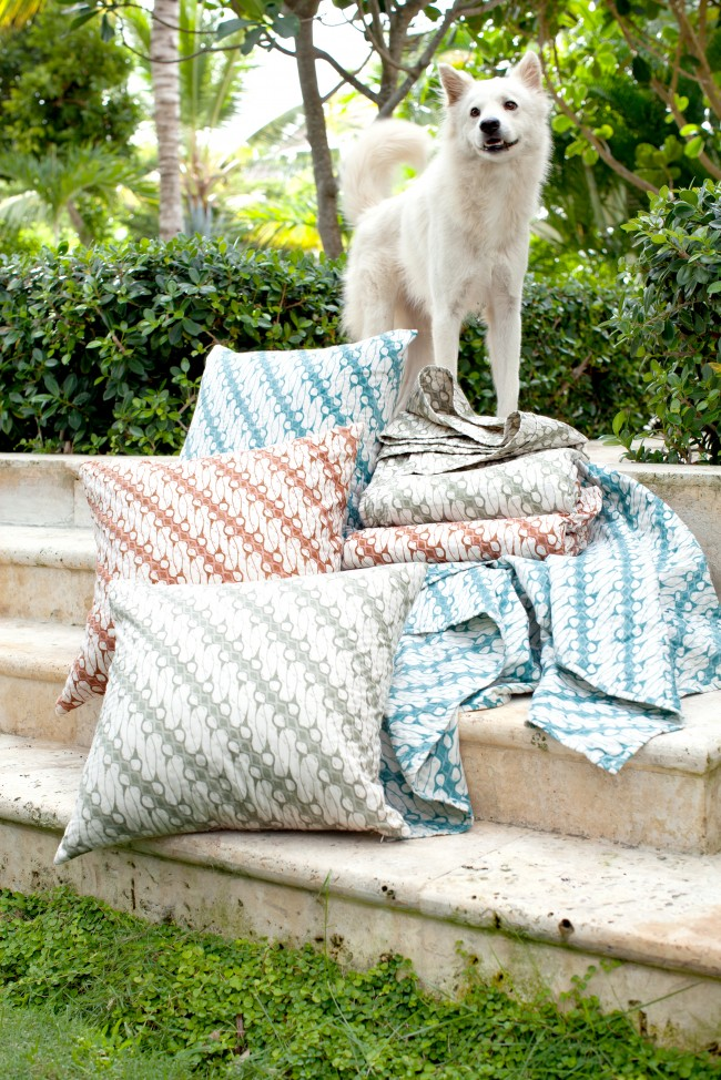 AntiqueBatikPillows&Throws14