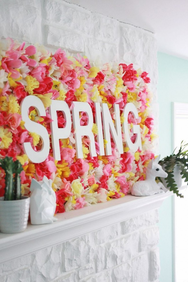 A Beautiful Mess spring wall flowers sign