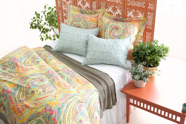 bright paisley bedding with neutrals