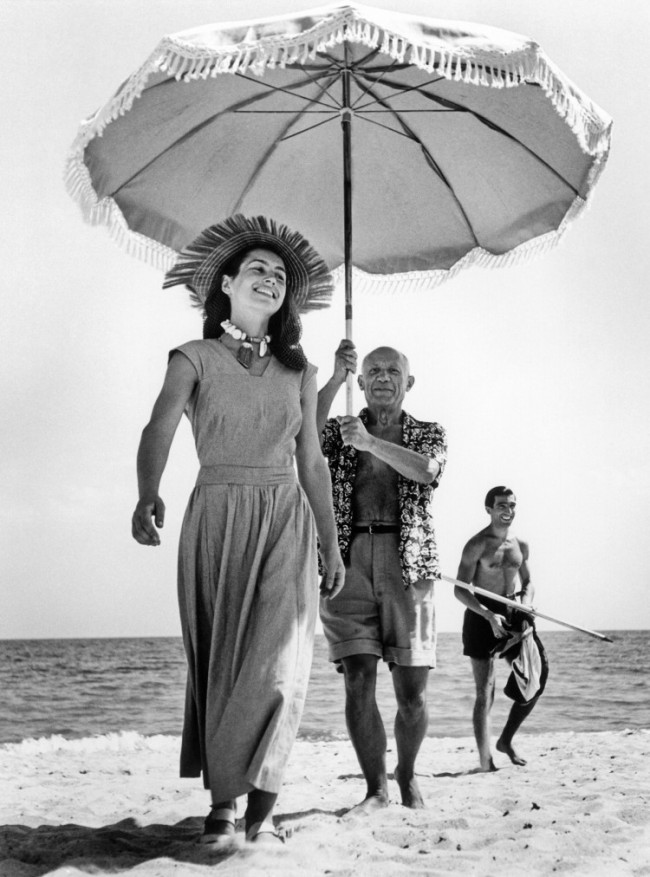 Pablo Picasso and Francoise Gilot, Golfe-Juan, France (1948) by Robert Capa, featured on Sketch42