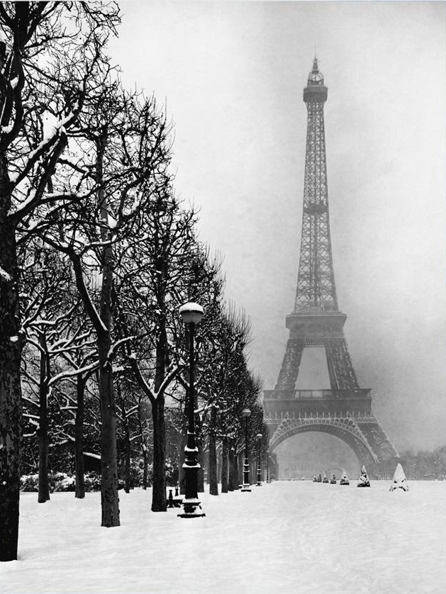 eiffel_tower_snow