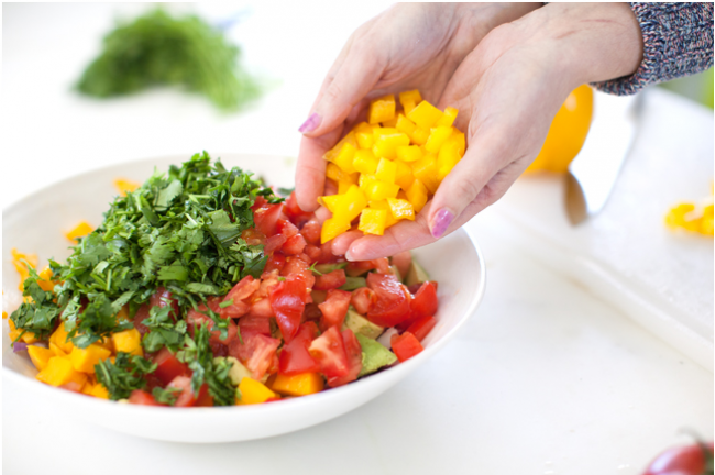 tropical_salsa_veggies_immune_boosting_foods