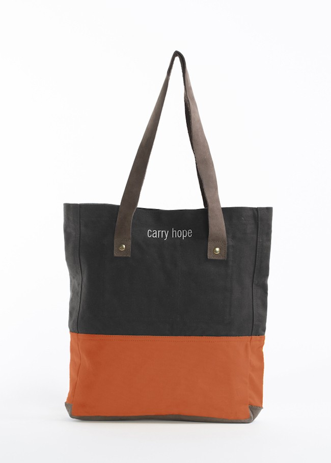 Oslo Everyday Tote (Text)