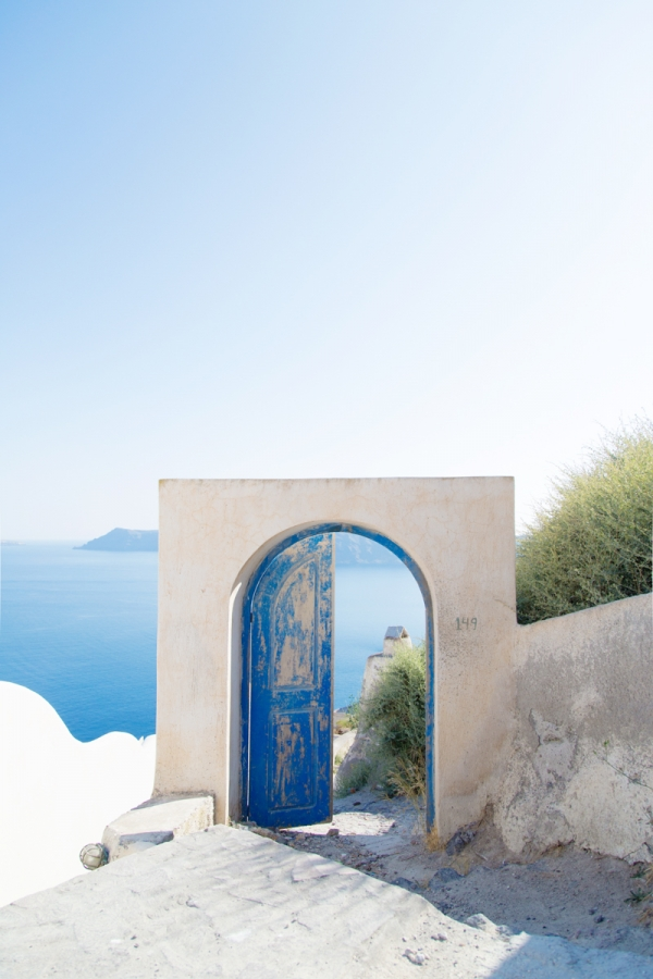 greece blue door via Studio DIY