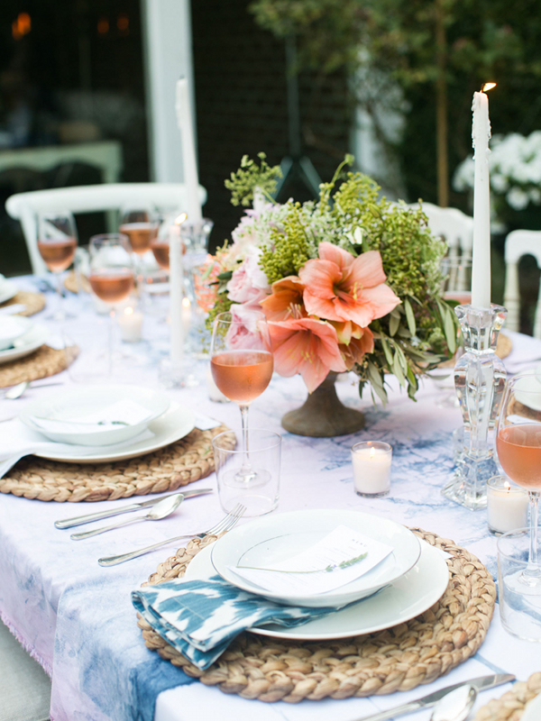 Pursuit of Style Creative Potluck outdoor table setting