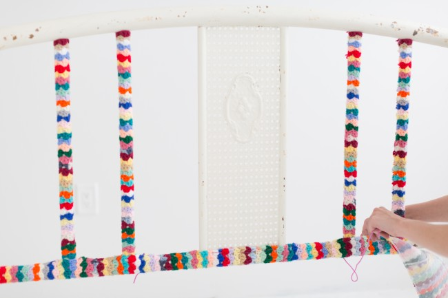how to yarn bomb a headboard bed 7