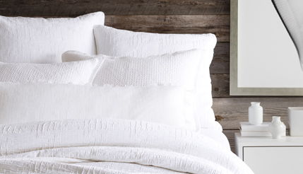 How to Layer Whites for the Ultimate Year-Round Bed