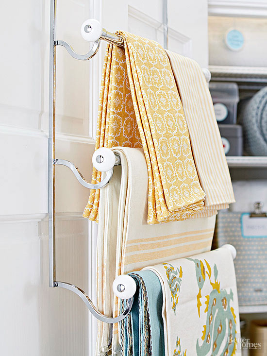 BHG over the door towel rack linen storage