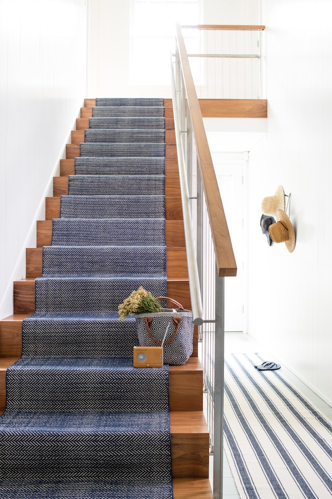 Lighting Basement Washroom Stairs: 5 Phenomenal Stair Runner Installations