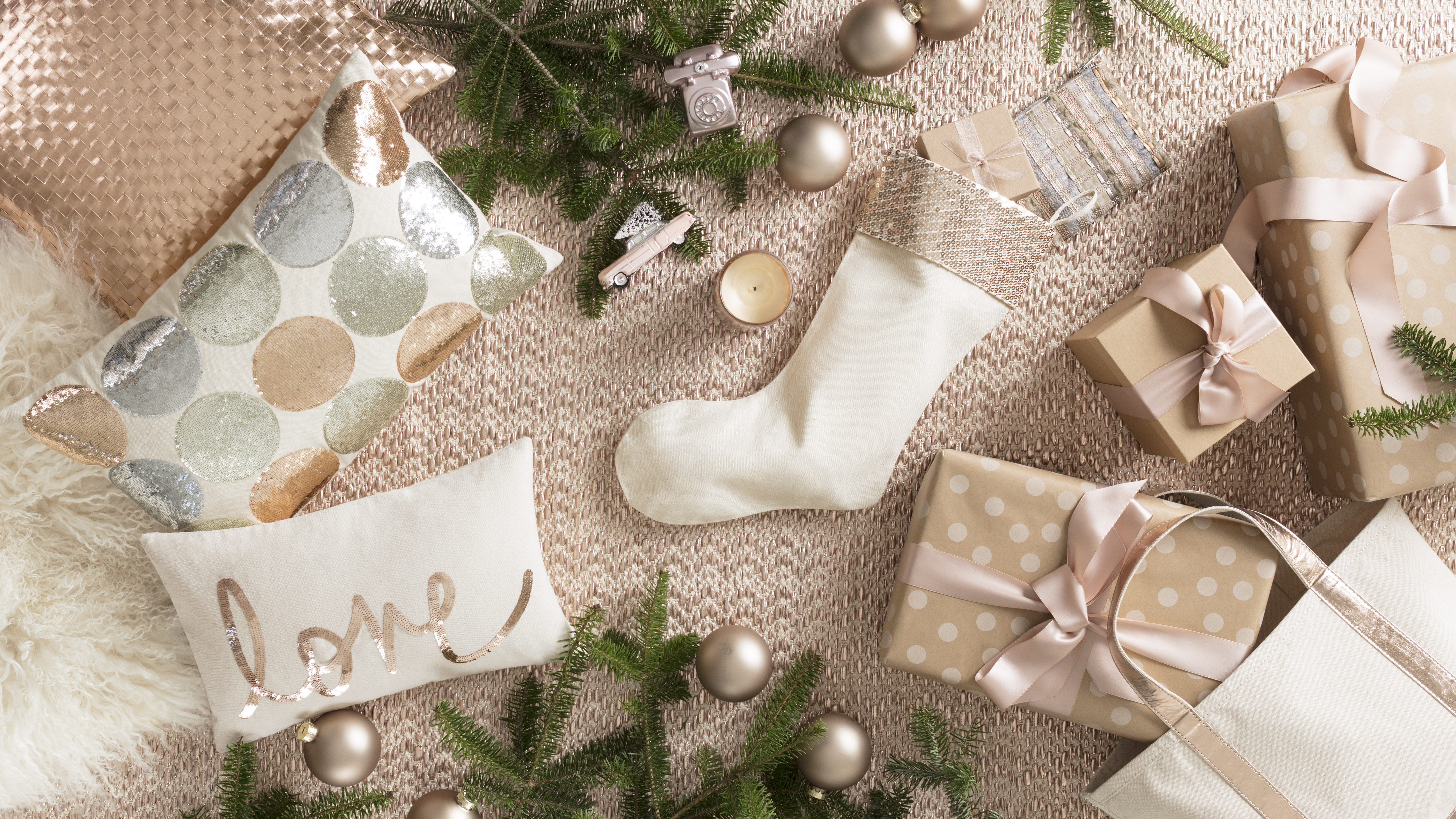 Bring on the Bling: Holiday Decorating with Metallics   Annie Selke's Fresh American Style
