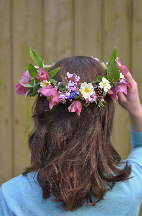 Decorators Notebook spring flower crown