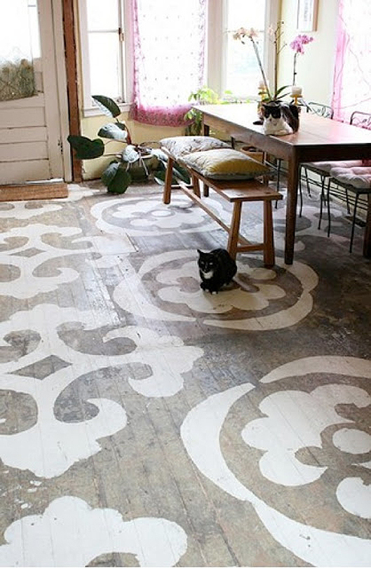 Stenciled wood floor Decor8