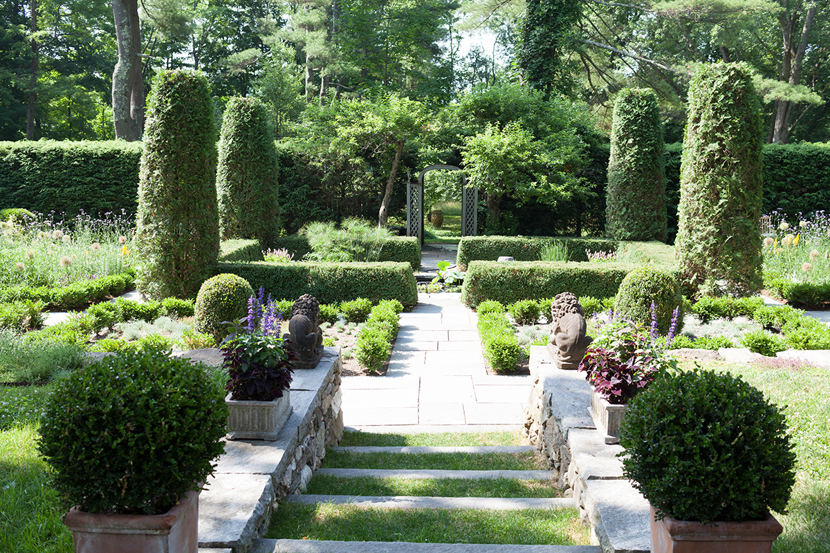 Garden Inspiration From Decorating Icon Bunny Williams