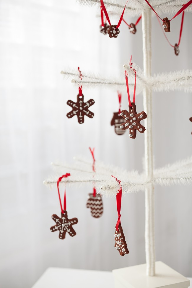 homemade holiday cinnamon ornaments 1