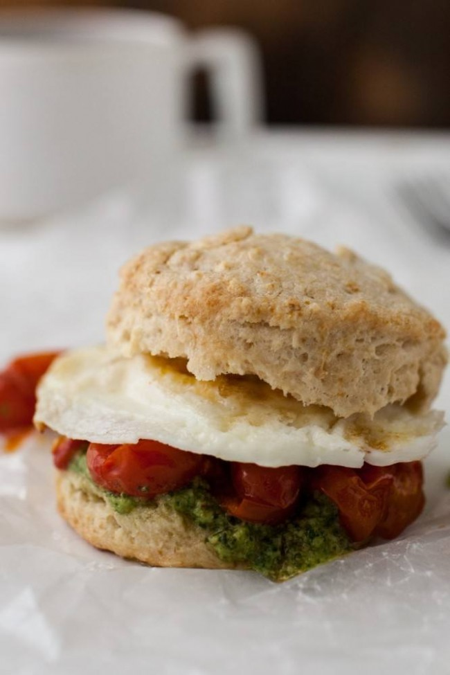 Egg-Roasted-Tomato-and-Pesto-Biscuit-Sandwich-Naturally Ella