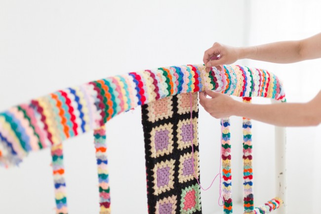 how to yarn bomb a headboard bed 8