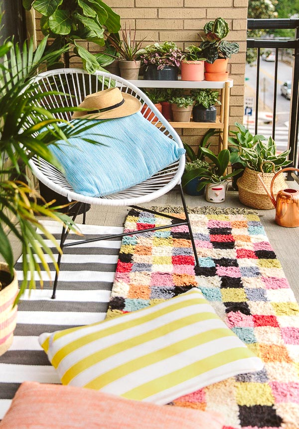Paper & Stitch Colorful Patio Makeover with Annie Selke | Fresh American Style