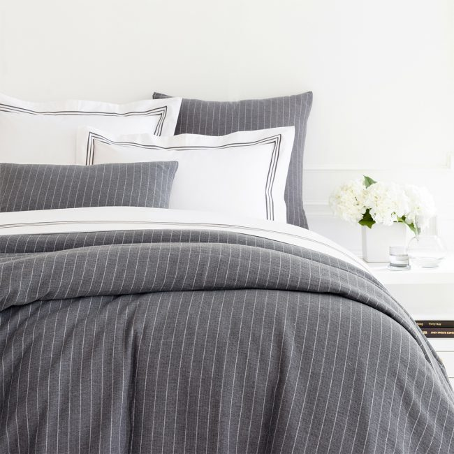 Today's Grey: Decorate Your Bedroom with the Right-Now Neutral | Annie Selke's Fresh American Style