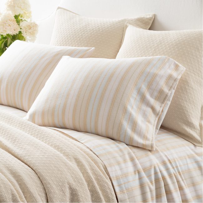 Cozy Up in Flannel Sheets! | Annie Selke's Fresh American Style