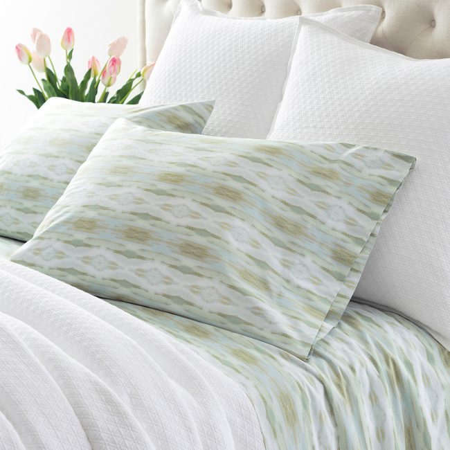 Summer Bedding Refresh! | Annie Selke's Fresh American Style